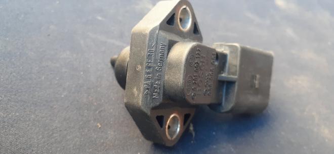 038906051 VAG Датчик давления наддува (нагнетания воздуха в турбину)