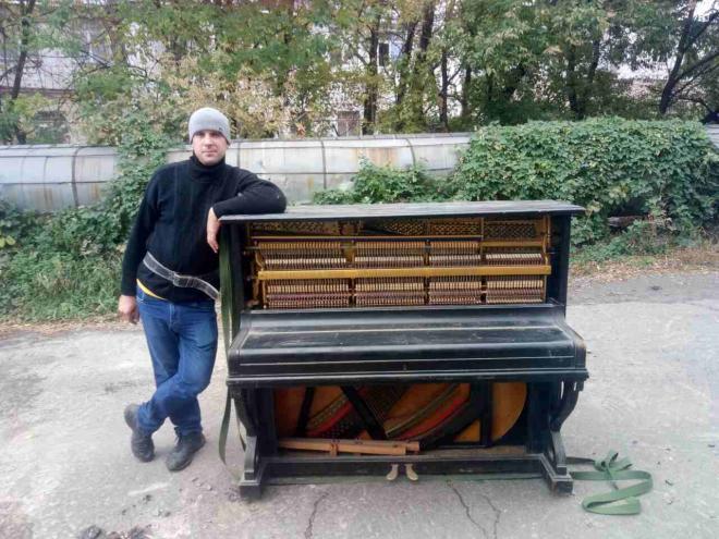 Грузчики Киев, услуги грузчиков недорого, разгрузка стройматериалов.