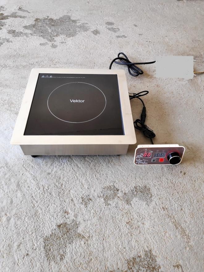 Индукционная плита встраиваемая-Vektor 3.5кВт