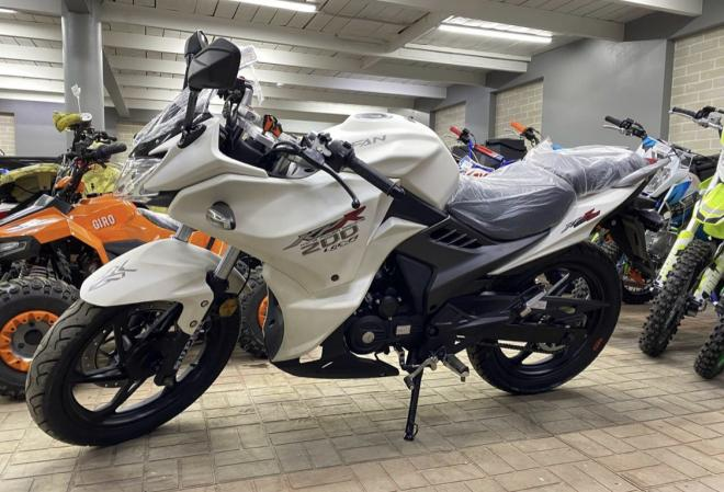 Мотоцикл лифан 200