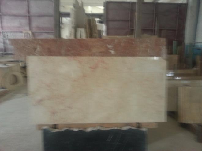 Мраморный и ониксовые камни употребляют для трехмерных рисунков