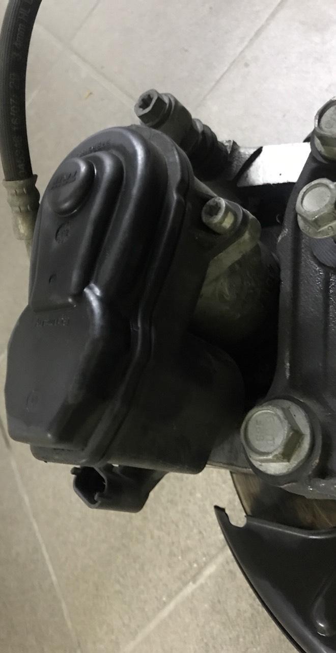 Привод ручного тормоза Chevrolet Bolt EV 13590537