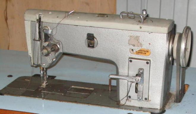 Продам швейную промышленную беспосадочную машину 862 класса б/у