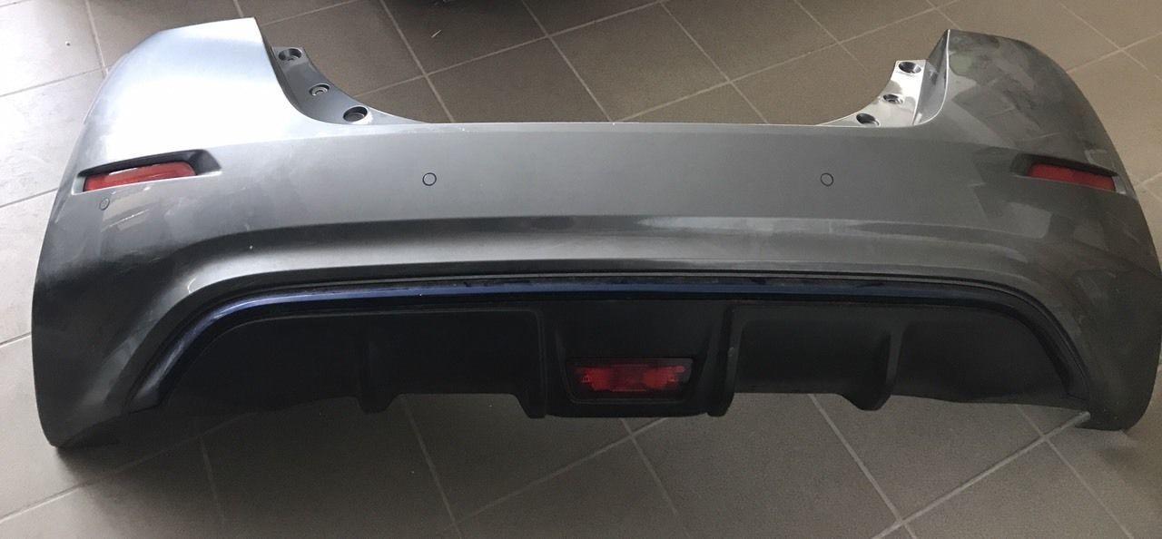 Бампер задний в зборе Nissan Leaf 2018