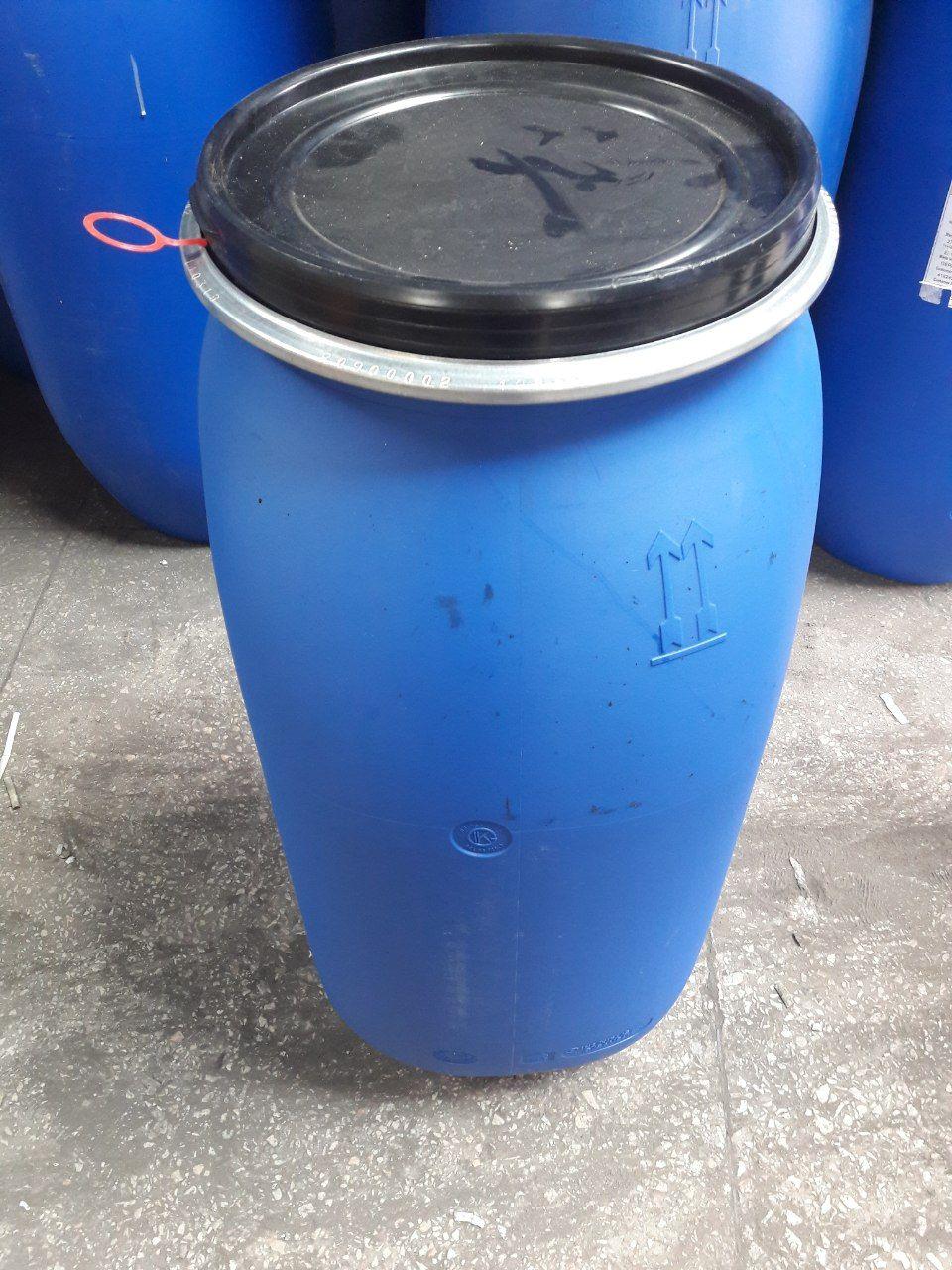 Продам бочку малую пластиковую   синюю