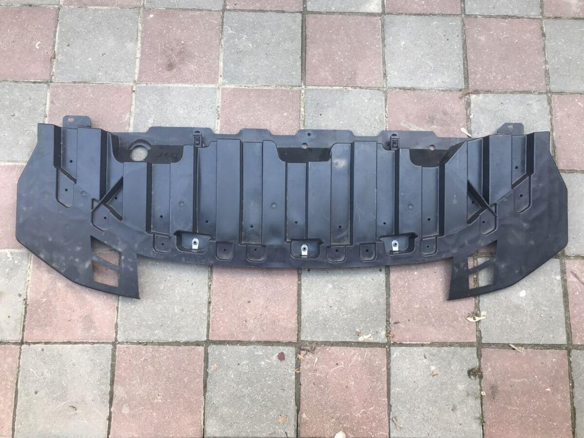 Защита переднего бампера нижняя Nissan Leaf 2018-  62663-5sa0a